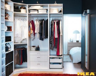 Wnętrze garderoba z IKEA