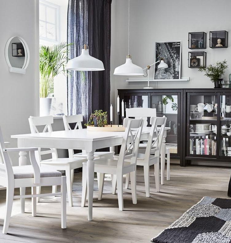 Уютная гостиная с мебелью ИКЕА