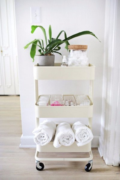 Universal IKEA ROSKUG truck for storage in the bathroom