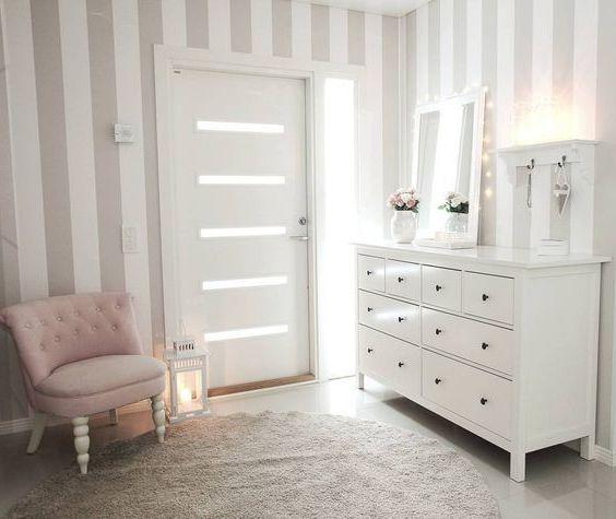 Heller Flur Mit IKEA HEMNES