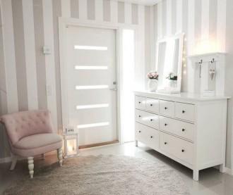 Bright hallway with IKEA HEMNES