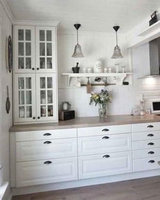 Кухня в белом от ИКЕА