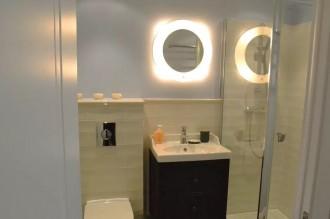 Компактная ванная комната и немного ИКЕА