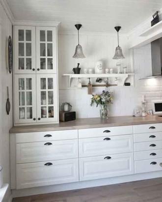 Dapur dalam warna putih dari IKEA