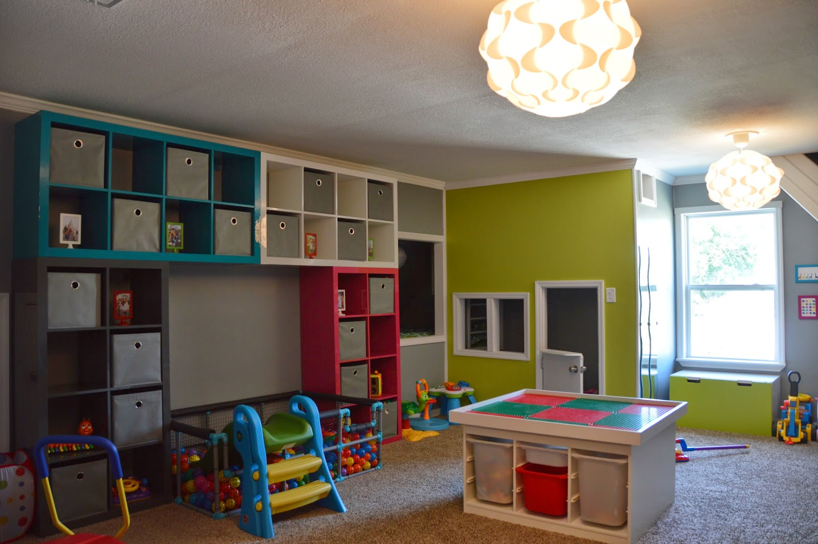 Children's room with IKEA Kallax and STUVA