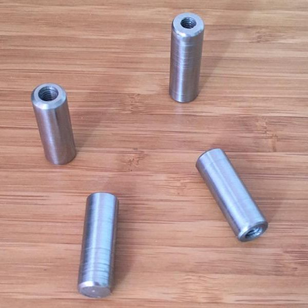 Metal cylinders with internal thread