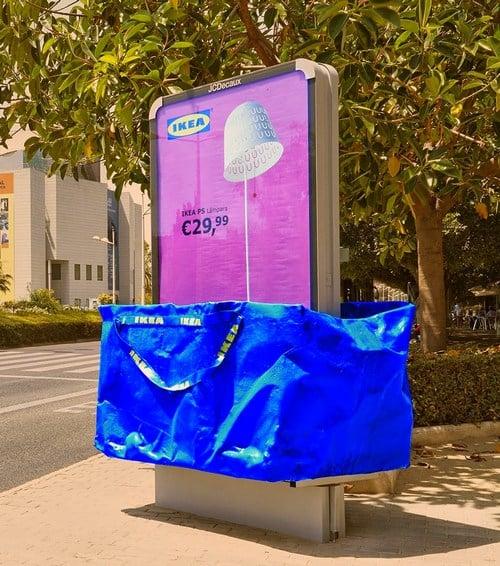 Reklama v tašce